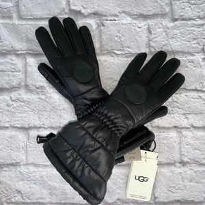 UGG Performance Gloves Leather & Quilted Poly Sm